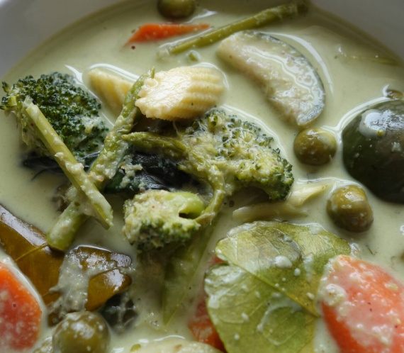 Thai Green Curry With Vegetables And Jasmine Rice